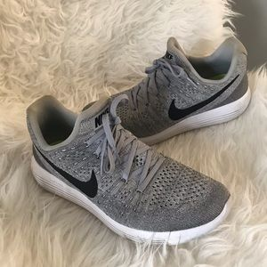 Nike Lunar Epic Shoes